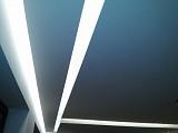 Kompleksowe oświetlenie LED sufitów podwieszanych produktami EcoEnergy w domku jednorodzinnym